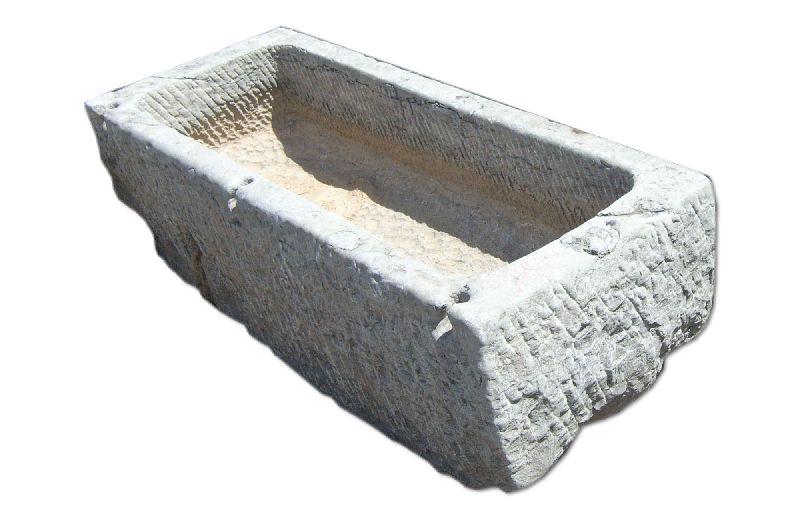Vasca in pietra per giardino idea di casa - Vasche in pietra da giardino ...
